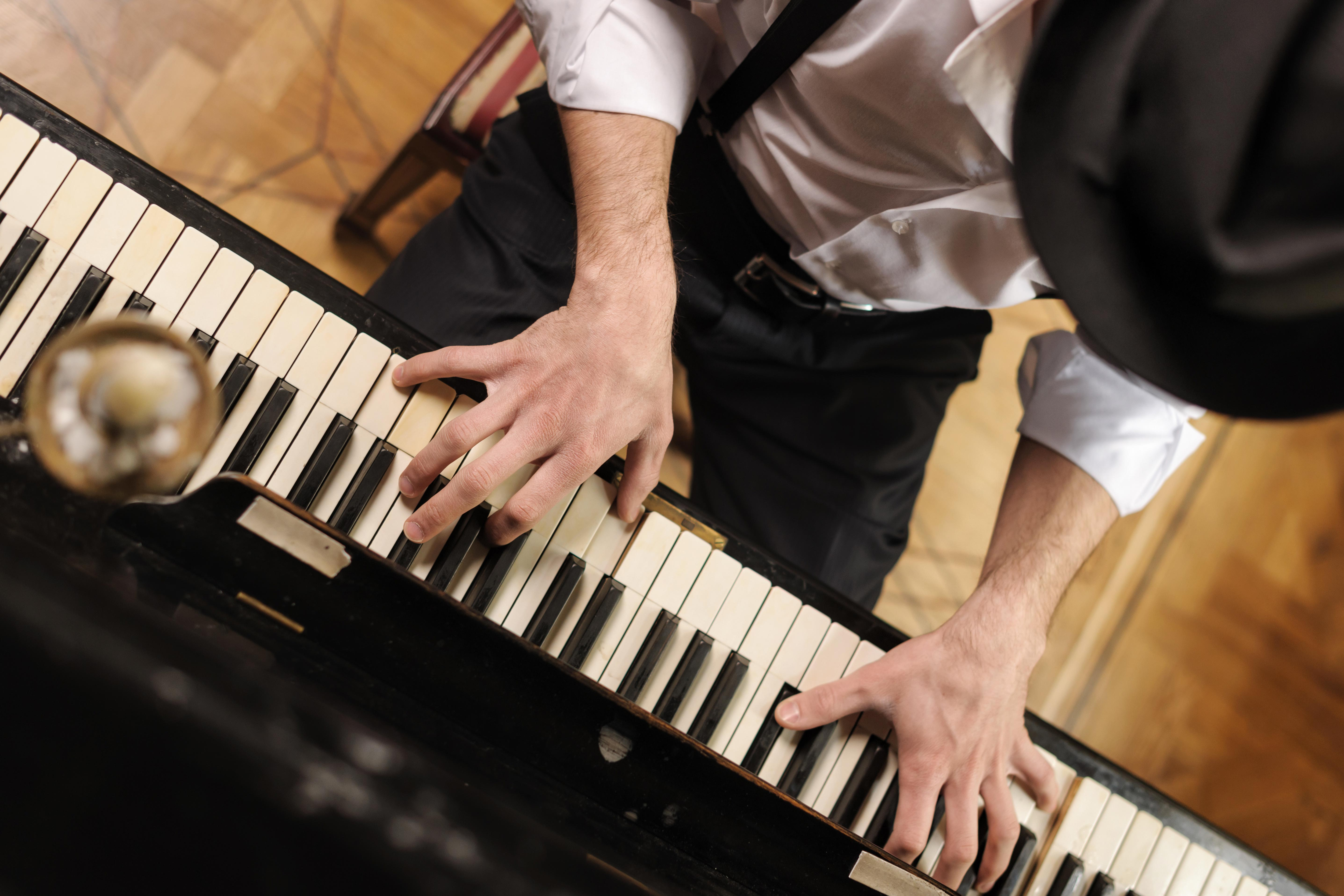 I do not want anything like playing the piano Teach you